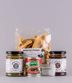 Totopos (tortilla chips) and salsas for nachos